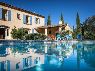 Mas Charmant Villa in Provence, St. Remy villa, holiday rental in St. Remy, Saint-Remy-de-Provence