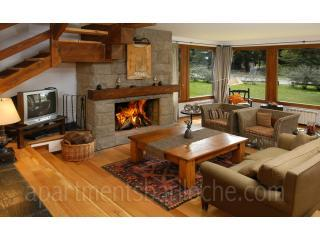 Amazing 4 bedroom from only $120/night!!!!, San Carlos de Bariloche