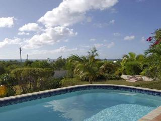 Enjoy an easy walk to spectacular Meads Bay Beach from this relaxing villa. IDP JAS, Anguila