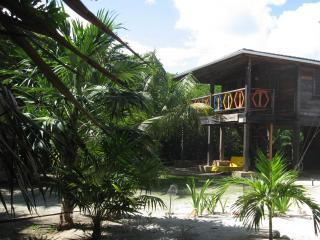 Long Caye Lodge