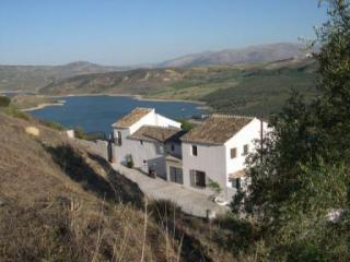 2 bedroomed cottage overlooking Lake of Andalucia, Iznajar