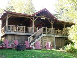 SUNNYBROOK COTTAGE, Lake Placid