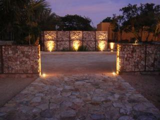 Hacienda Entry