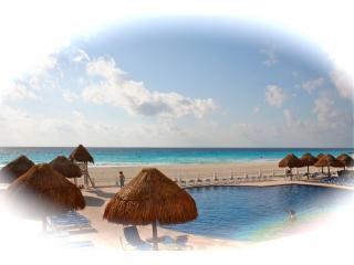 Big Groups Look no Further .....6 to 14 Persons, Cancun