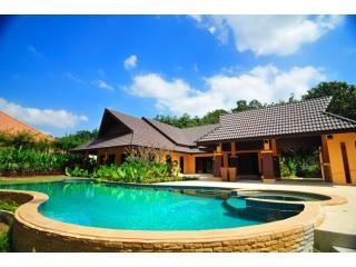 Luxury Private Pool Villa - sleeps up to 10 guests