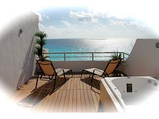 Luxury Redefined...Penthouse 715, Cancún
