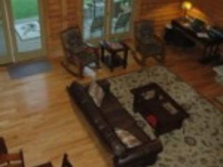 Mountain Lodge, sleeps 27, call for 4 nt. Specials, Logan