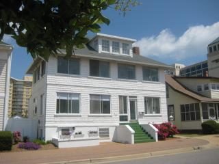 Cutty Sark Historic Beach Cottage White House -West Wing - Virginia Beach vacation rentals