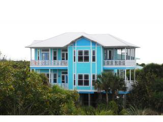 Sea Glass  A True Island Treasure  Pool sleeps 12, Captiva Island