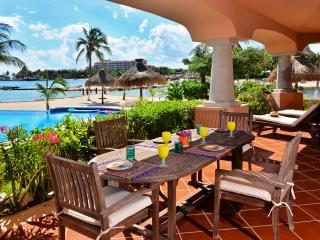 Steps from the Pool and Beach - Laguna del Mar, Puerto Aventuras