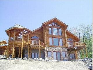 Stunning Handcrafted Log Home - Sunday River Maine, Newry
