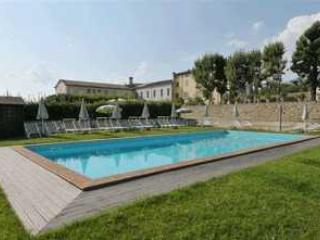 Large Villa Perfect for a Family Gathering or Event - Villa Monte - Paris vacation rentals