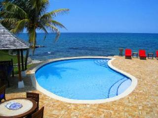 Waterfront Karma Bay at Tryall- fully staffed serene pavilions, near beach- golf, Montego Bay