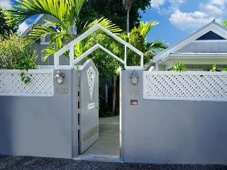 Gated Entry to Grounds