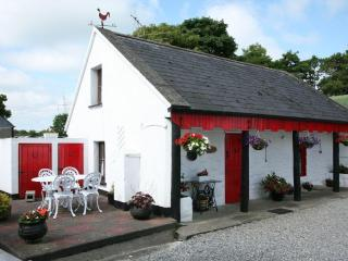 Shannon Breeze Traditional Irish Cottage - Portumna vacation rentals