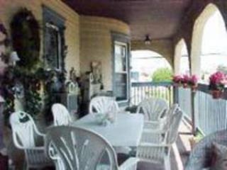 3433483  Front Porch - Wildwood Crest-  Huge wrap around deck -Ocean view - Wildwood Crest - rentals