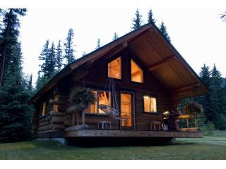 Yaak Valley Log Cabins, Troy
