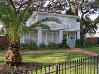Gulf Breeze Tree House - Walk to beach - Mississippi vacation rentals
