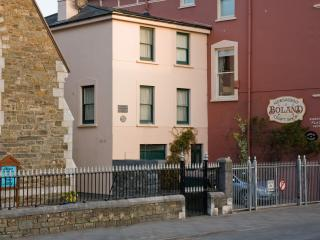 Boland Townhouse Vacation Rental, Kinsale