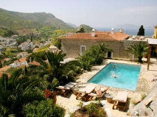 Luxury 6 bedroom Hydra villa pool stunning views, Hydra-Stad