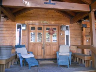 Luxury Special--70'Screen*PoolTabl*Jacuz*2Kitchens, Tahoe City
