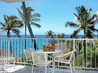 Near Oceanfront  Spacious 2 Bedroom 2 Bath Condo, Poipu
