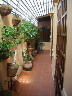 Casita - View from the courtyard to the font of the passageway.
