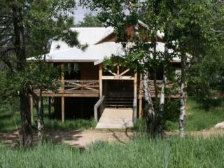 High Ridge Trail Lodge - South Dakota vacation rentals