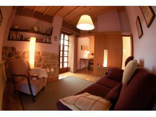Holiday cottage sleeps 2/3 at the Ribeira Sacra., Nogueira de Ramuín