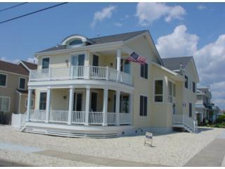 5 bedroom beach house with pool in Stone Harbor NJ - Stone Harbor vacation rentals
