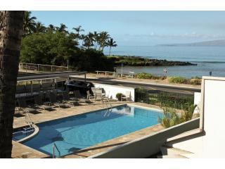 Oceanview Fabulous 2 Bedroom Condo,Great Location, Kihei