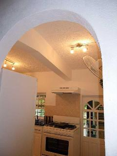 Arch into kitchen, click to see properly