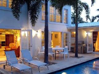 Requited Bliss - Family Friendly Villa offers Pool, Spa Nook & Children s Loft, West Palm Beach