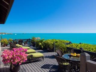 Villa Seacliff on the Tip of Ocean Point overlooking Chalk Sound, Providenciales