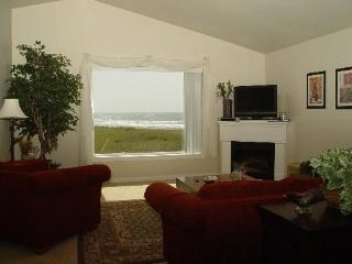 #631 - Top Corner with Stunning Ocean View, Westport