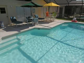 Disney - 4/2 - South Facing Pool - Gated Community, Kissimmee
