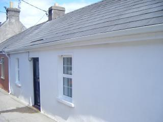 6 Hogans Row - Kinsale vacation rentals
