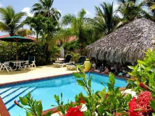 Villa on two waterfronts between ocean and lake, Providenciales