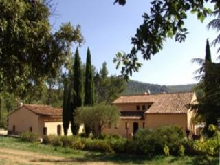 Le Castellet 7 Bedroom & 4 Bathroom House (26223) - Alpes de Haute-Provence vacation rentals