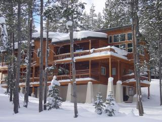 Magnificent Winter or Summer Rental. RENT DIRECT!, Truckee
