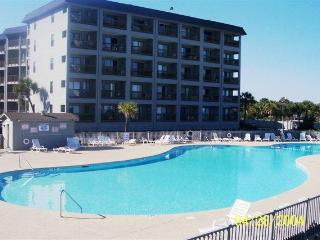 Terrific Vacation Rental with Hot Tub at the Myrtle Beach Resort