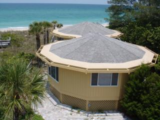 Gulf Front Octagonal House with Panoramic view, Englewood