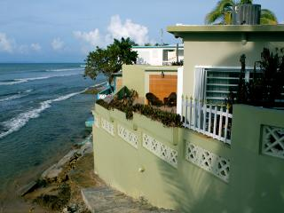 Ocean House - Rare Vieques Oceanfront Rental with Pool, Isla de Vieques