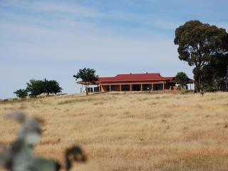 Clare View HOUSE - Clare View Accommodation - South Australia vacation rentals