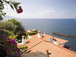 YPI TRO - Sorrento vacation rentals