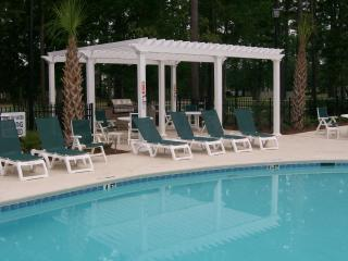 Luxury Upscale Condo, in Myrtle Beach, with WiFi, Pool & Fitness Center