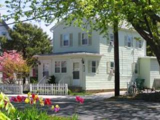 Charming House in Cape May (Beach Relaxin 7744)