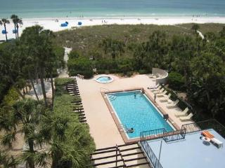 2BR2BA Gulf View SiestaKey Beach HDTV PVR FreeWiFi - Siesta Key vacation rentals
