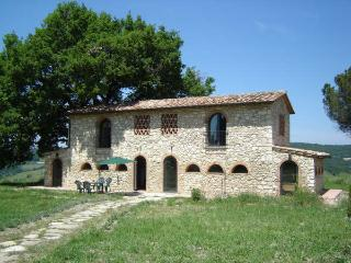 Podere Grignano Vacation Rental in Beautiful Tuscany, Volterra