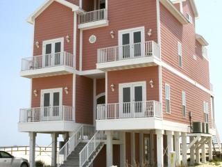 Gulf front, 7BR, high-tech, elevator, shared pool, Fort Morgan